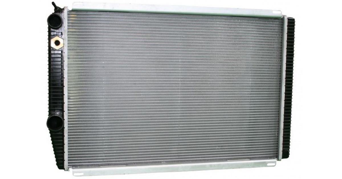 Радиатор охлаждения УАЗ «Patriot» (3-х ряд.алюм.) под кондиционер  Двигатель ЗМЗ 409 Е-3, Е4.
