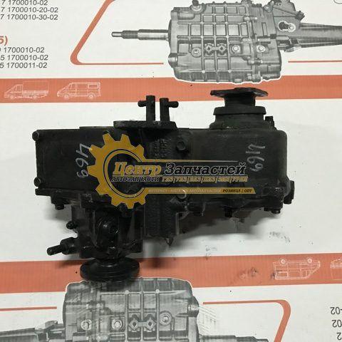 Коробка раздаточная УАЗ 452 старого образца (прямой шлиц) УАЗ 3741. Артикул 3741-1800020.
